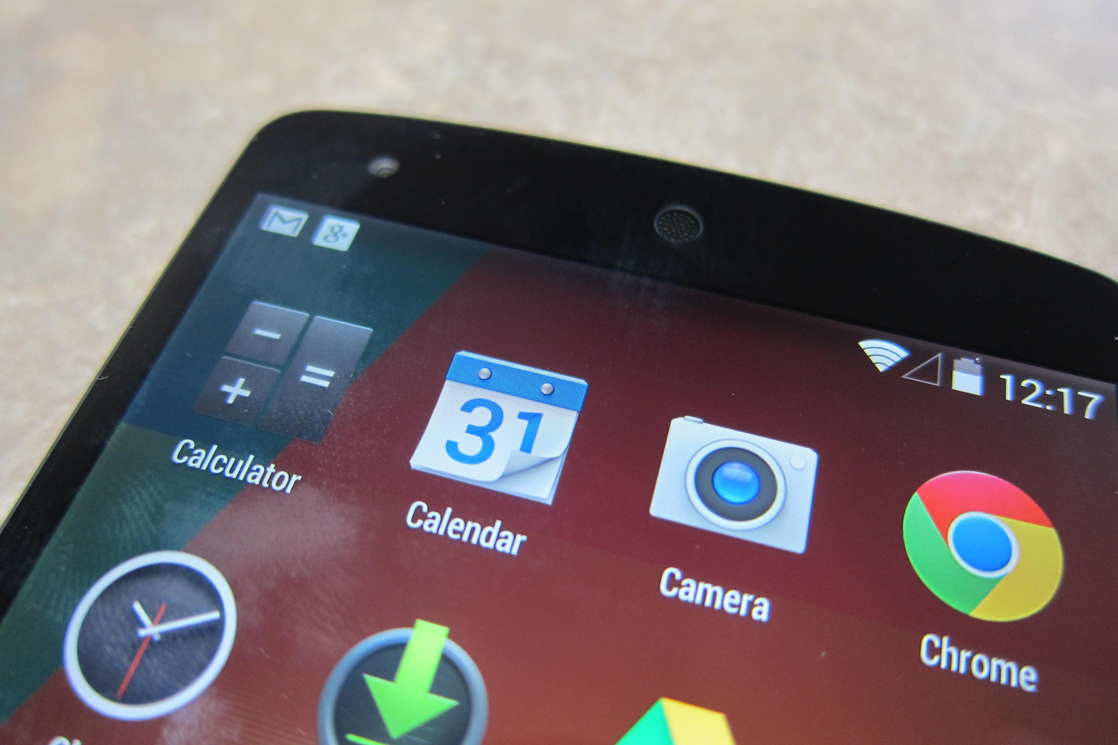 Nexus 5 speaker and sensor