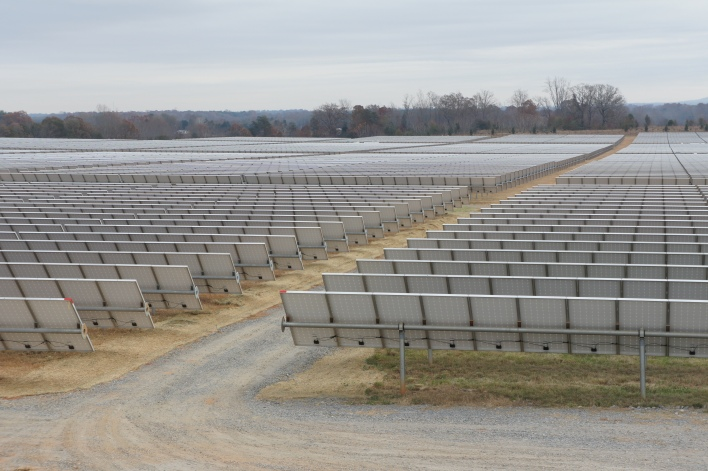 Apple's solar farm next to its data center in Maiden, North Carolina, image courtesy of Katie Fehrenbacher Gigaom