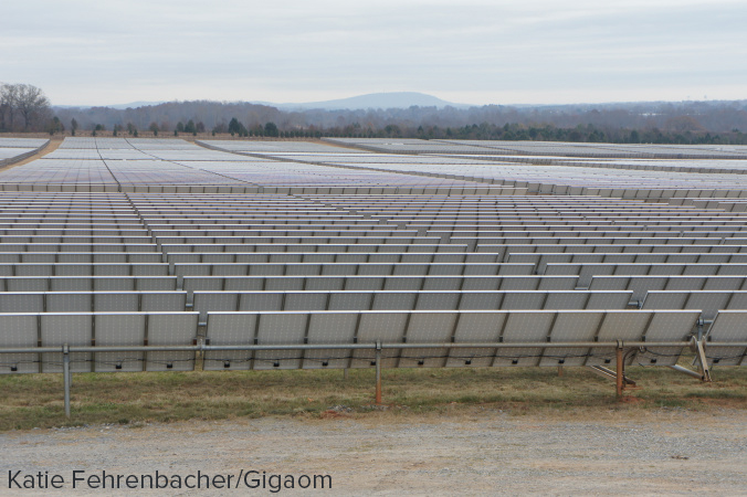 Apple's solar power farm stretches for TK acres