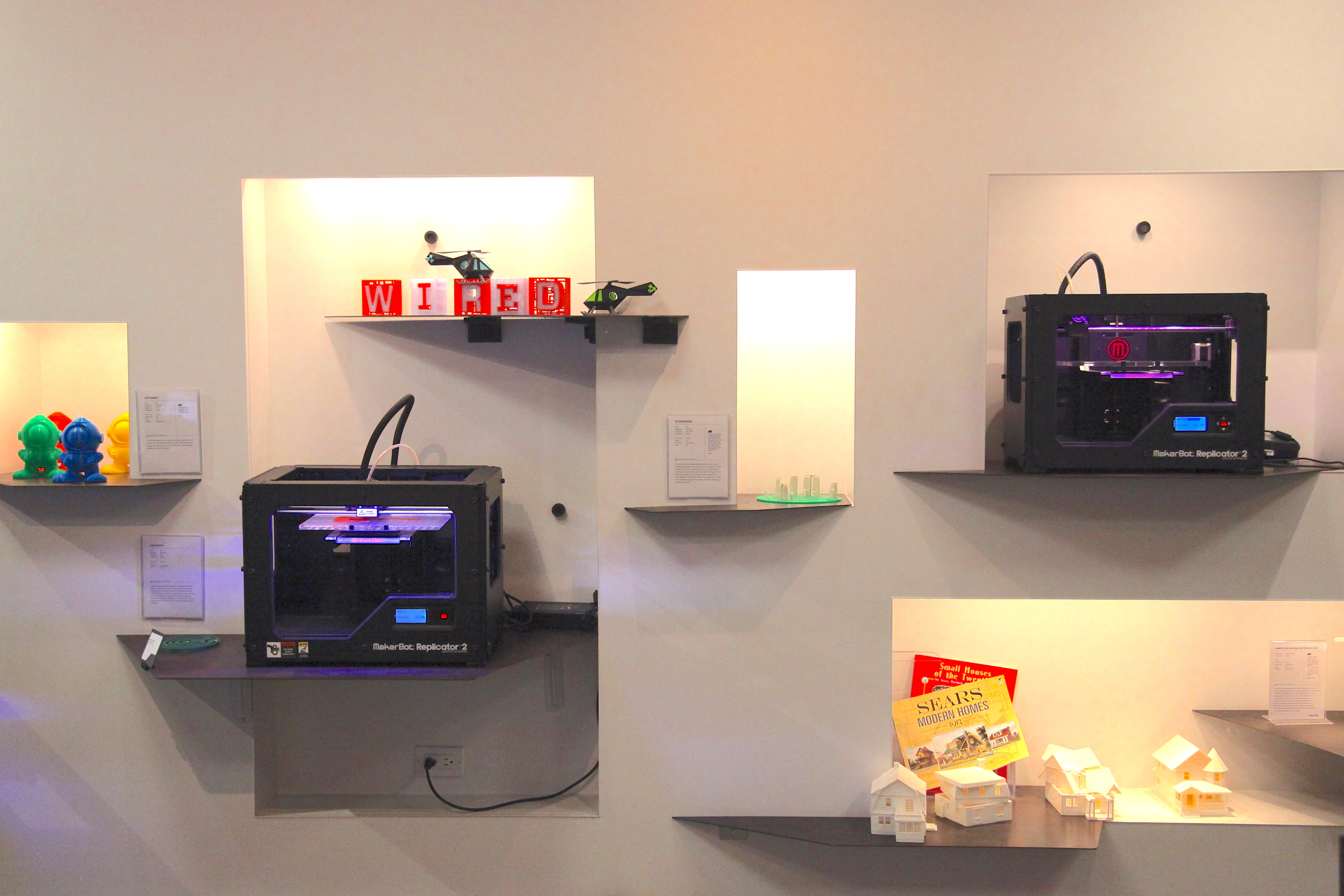 Replicator 2s in the MakerBot store in New York. Photo by Signe Brewster