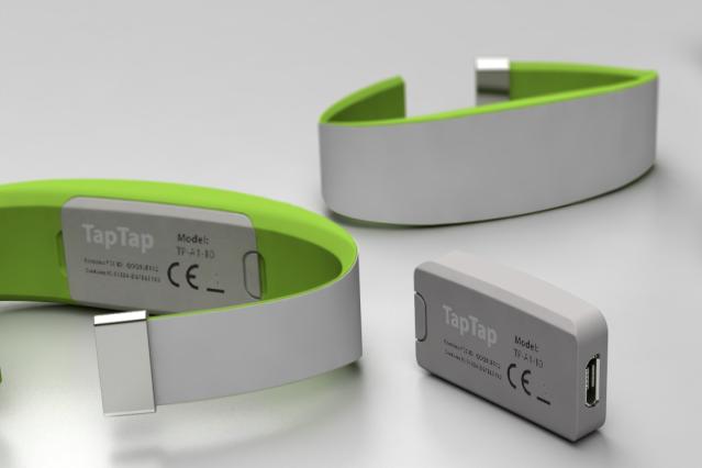 TapTap wristband Woodenshark