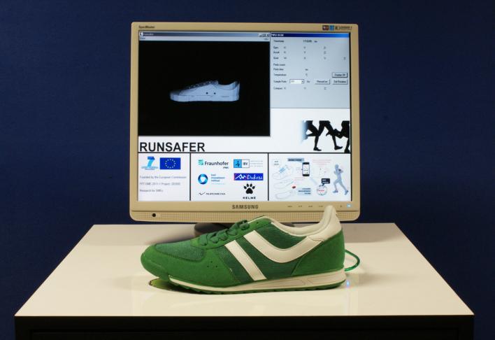 Smart running shoe