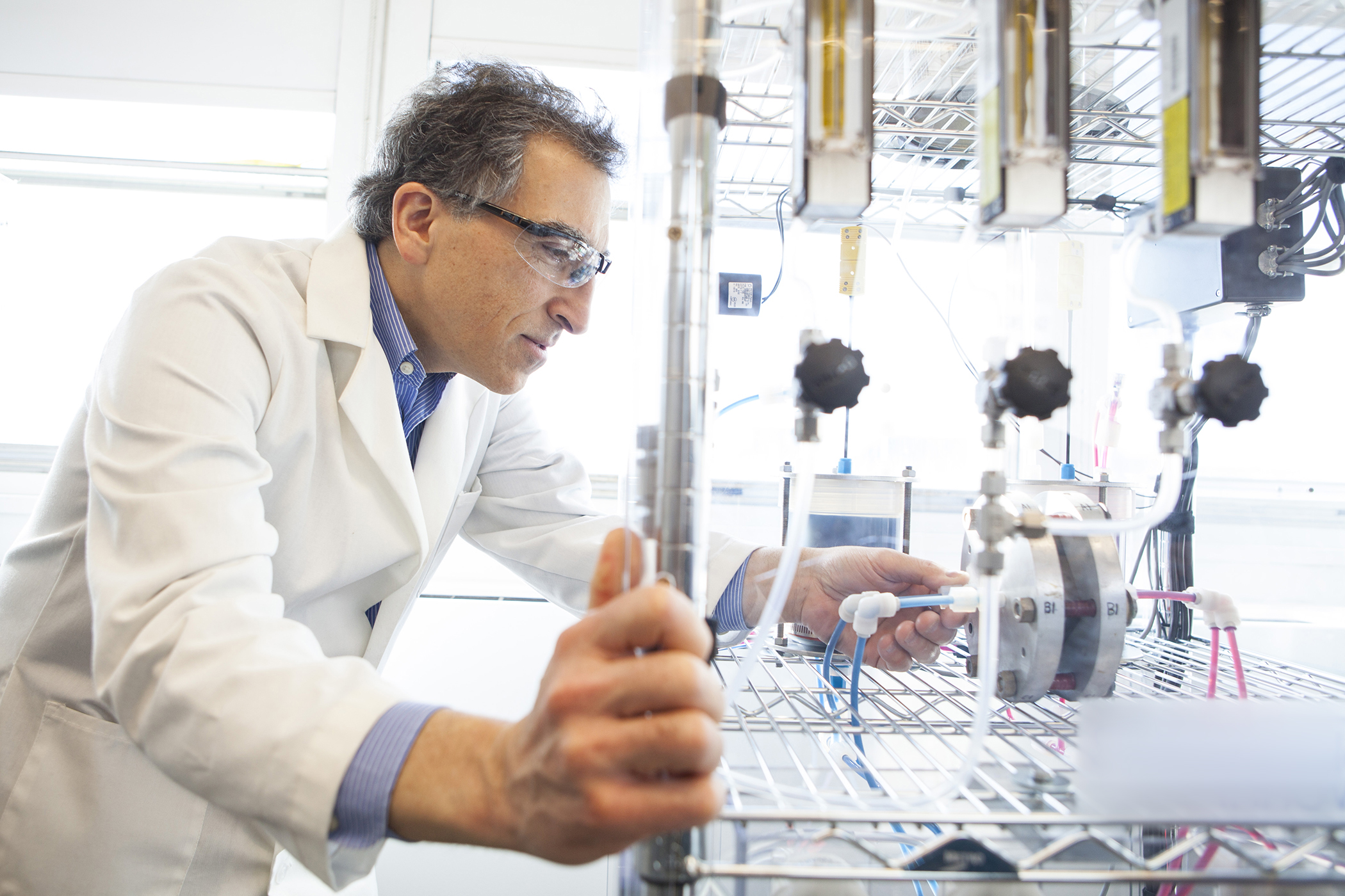 Harvard SEAS Professor Michael J. Aziz with the flow battery