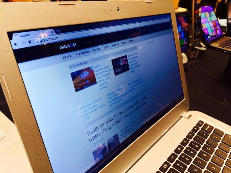 Toshiba Chromebook angle screen