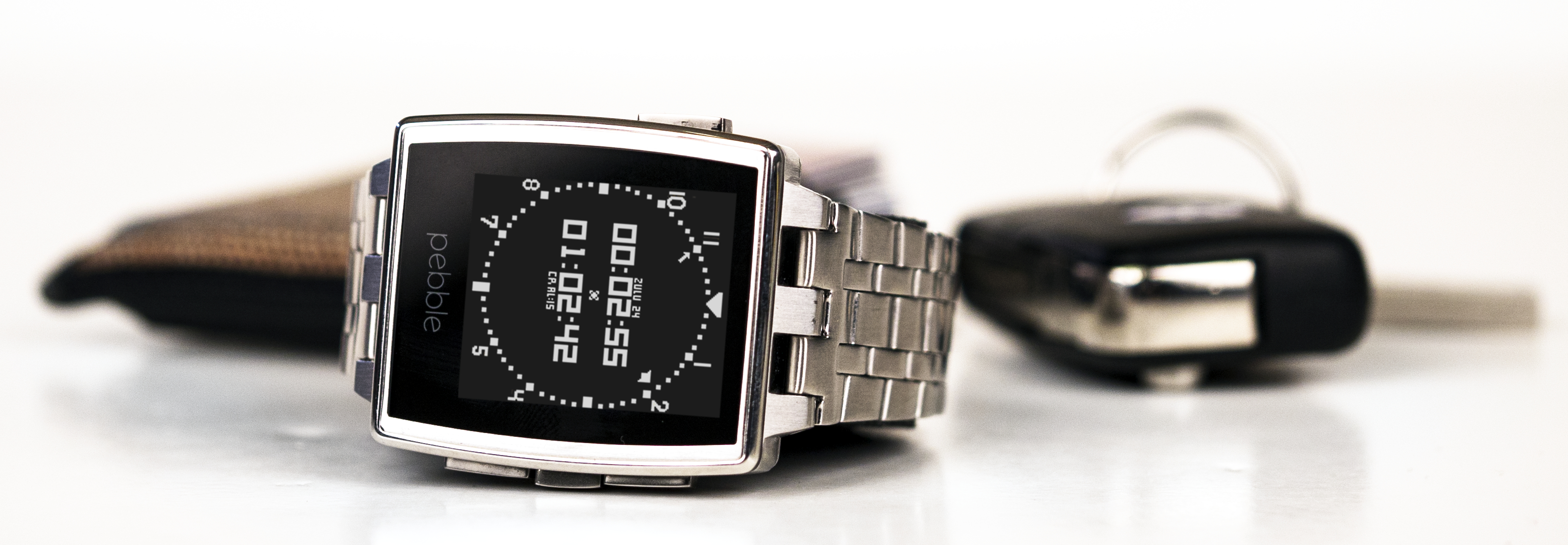 With Pebble Steel, the smartwatch aims for traditional ...