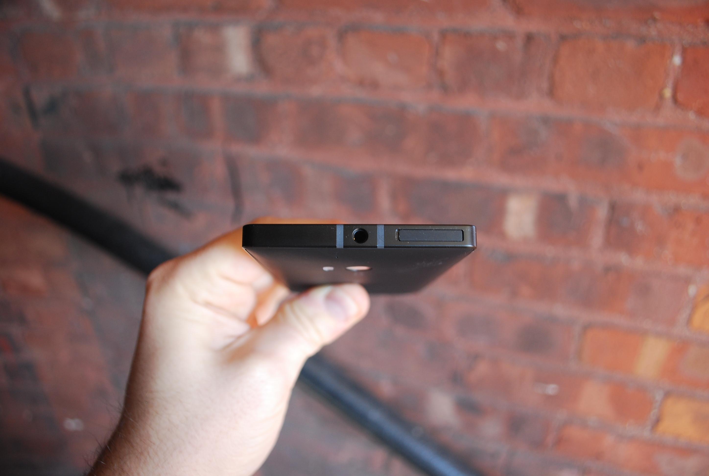 Lumia Icon top