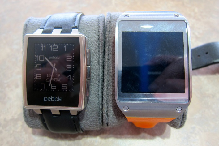 pebble steel and galaxy gear