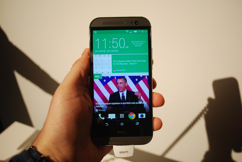 HTC One M8 BlinkFeed