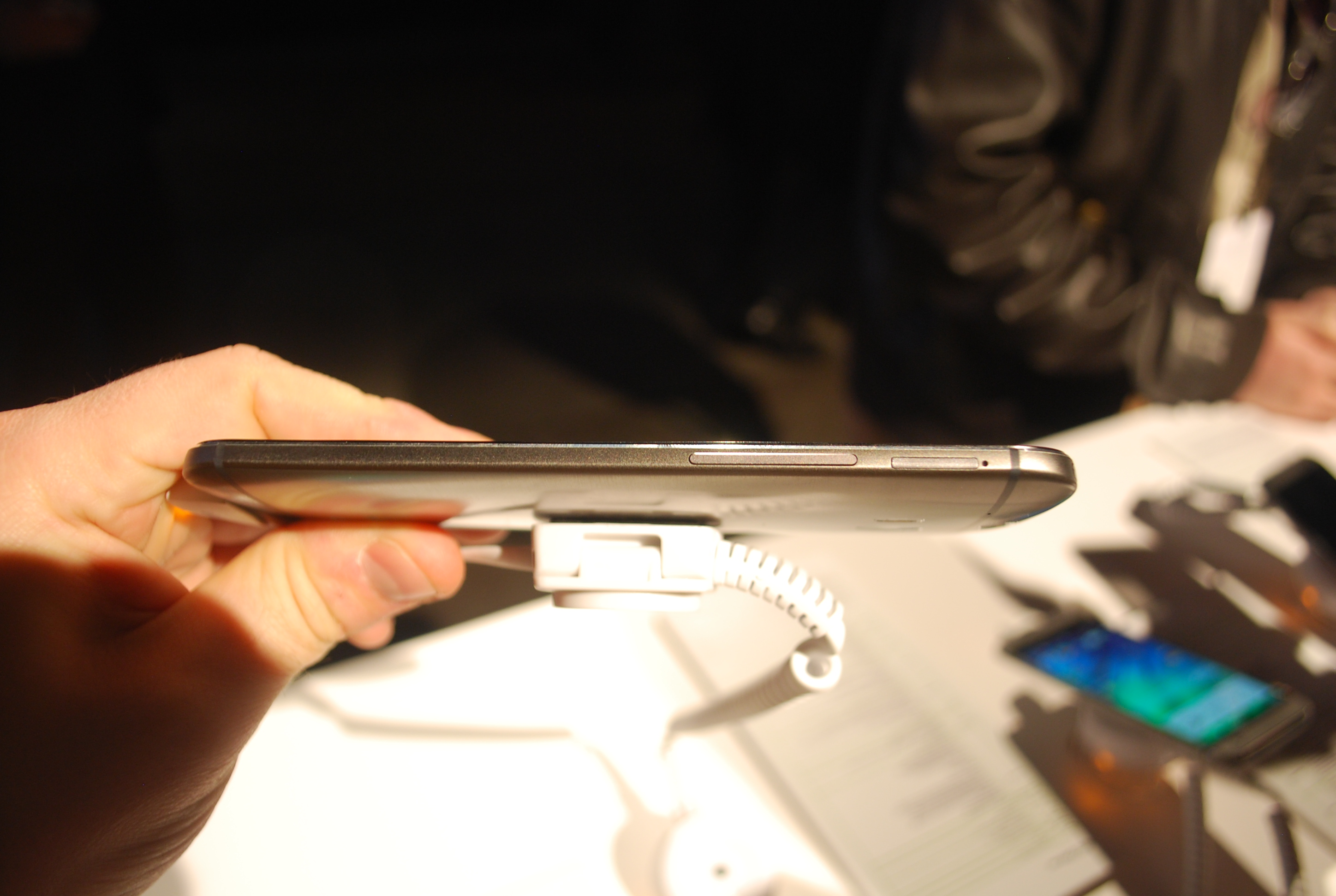 HTC One M8 profile