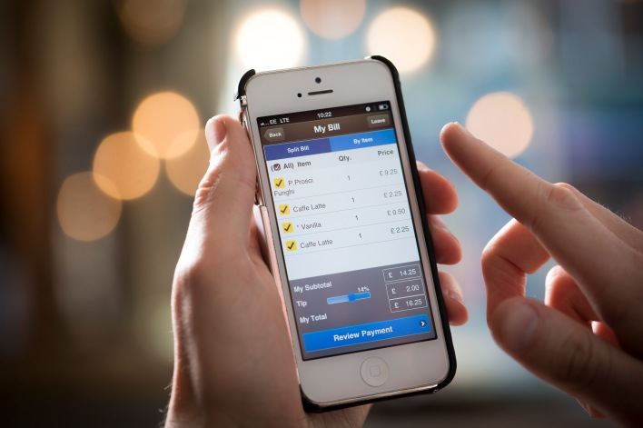 PayPal's app being used to pay a bill at Prezzo (source: PayPal)
