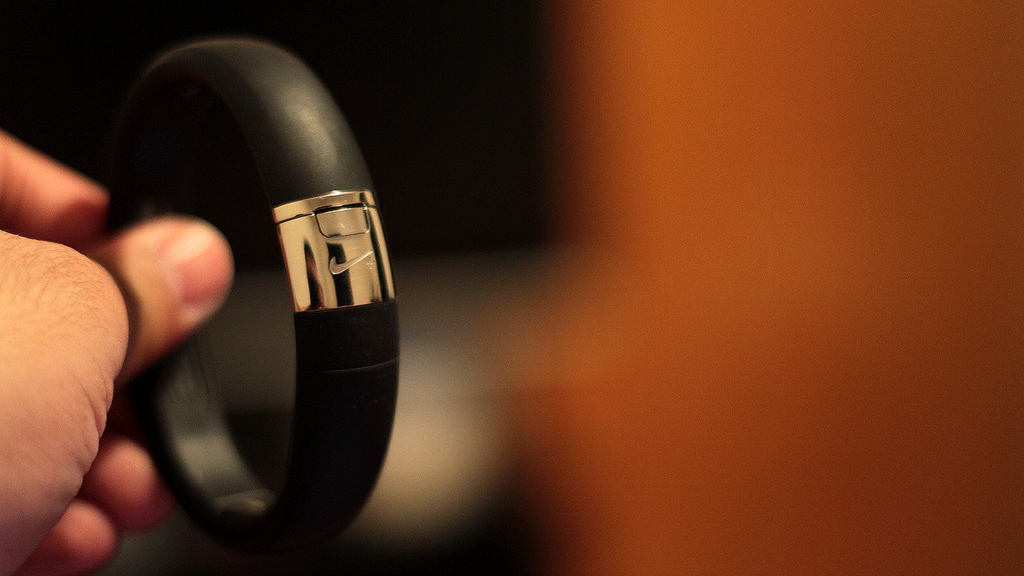 Nike Fuelband close-up. Image from Flickr/Angel Navedo