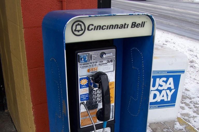 Cincinnati Bell payphone