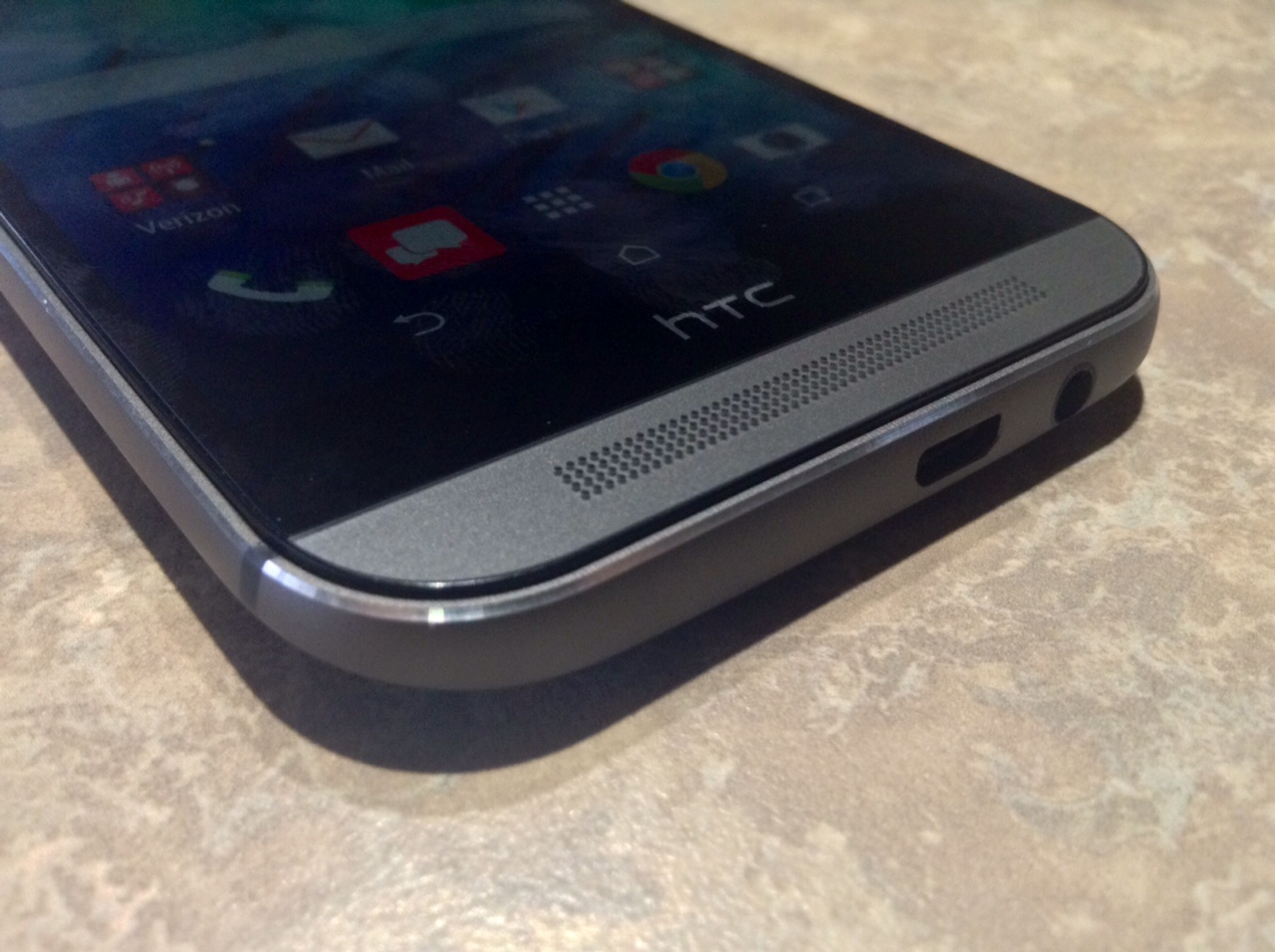 HTC One M8 build