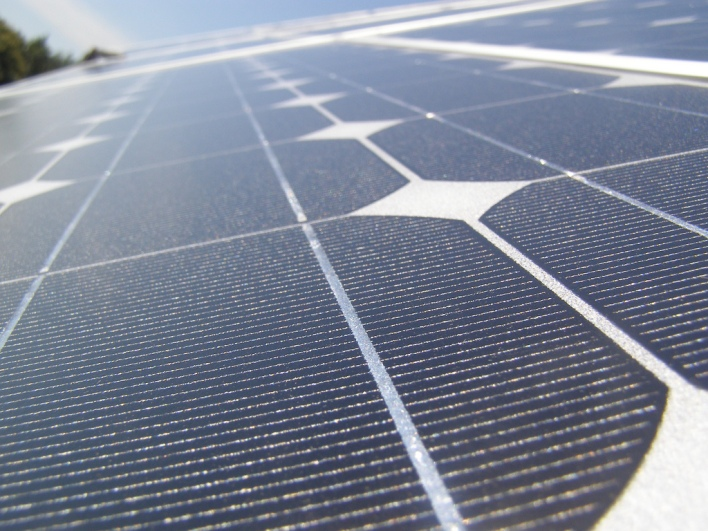 This startup says it can make the world's cheapest solar panels