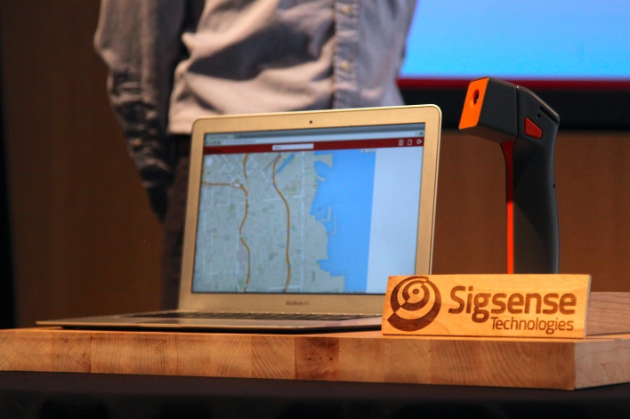 The Sigsense device has a modular head that allows different tools to be switched in. Photo by Signe Brewster.