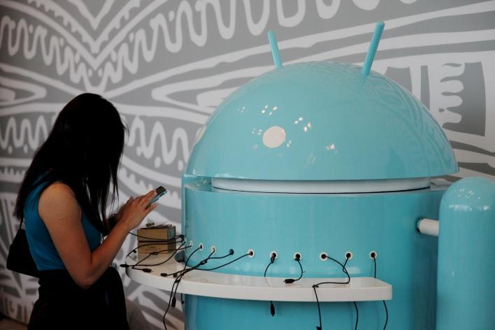 Google I/O Android charging