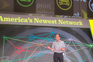 Dan Hesse speaking at Sprint's Chicago event (Photo: Kevin Fitchard)