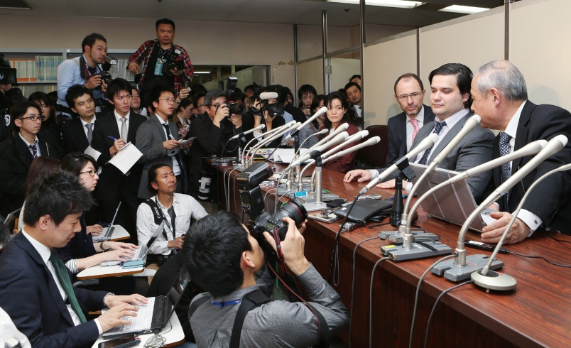 Mark Karpeles (2nd R), president of MtGox bitcoin exchange speaks during a press conference in Tokyo on February 28, 2014. The troubled MtGox Bitcoin exchange filed for bankruptcy protection in Japan on February 28, with its chief executive saying it had lost nearly half a billion dollars worth of the digital currency in a possible theft.