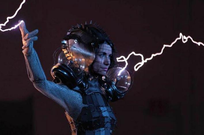 Arc Attack Tesla Coils send electricity coursing through arts Anouk Wipprecht's suit. Photo courtesy of Anouk Wipprecht.
