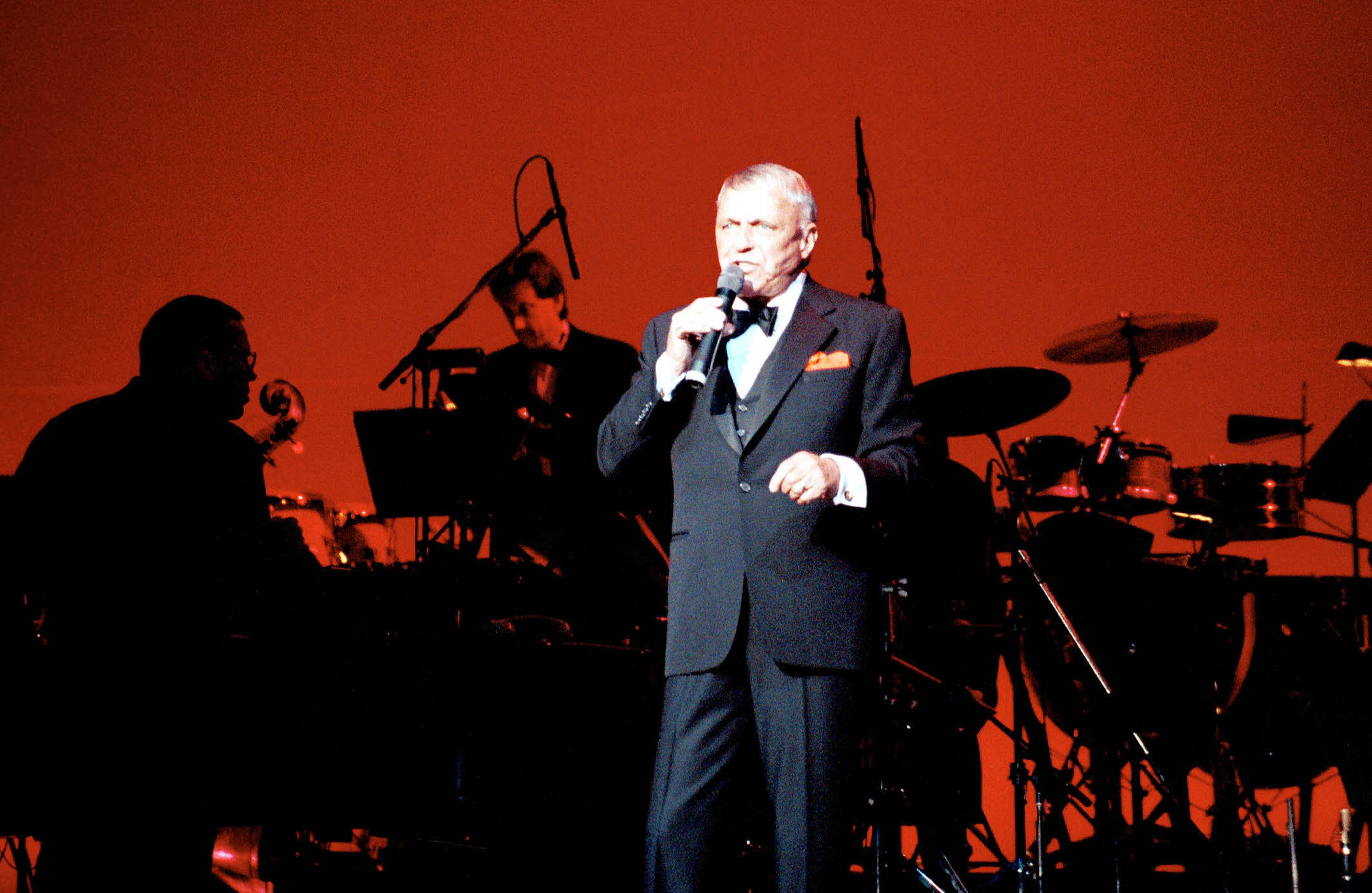 Frank Sinatra - Generic