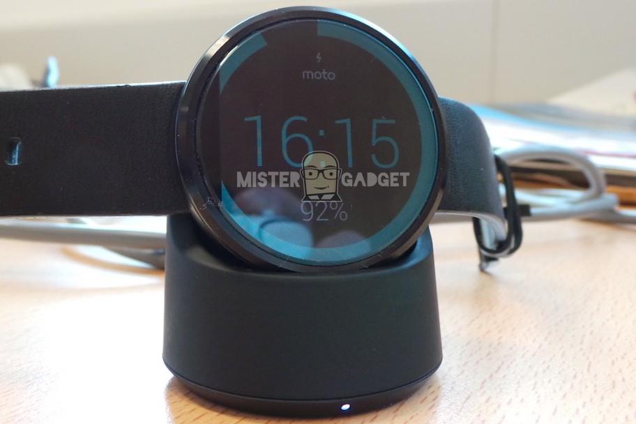 Moto 360 charging dock