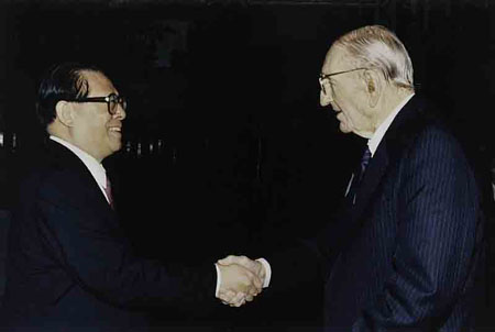 HP Co-Founder Dave Packard meeting with Chinese Communist Party Chairman Jiāng Zé Mín taken in 1983.  China HP was established two years later.