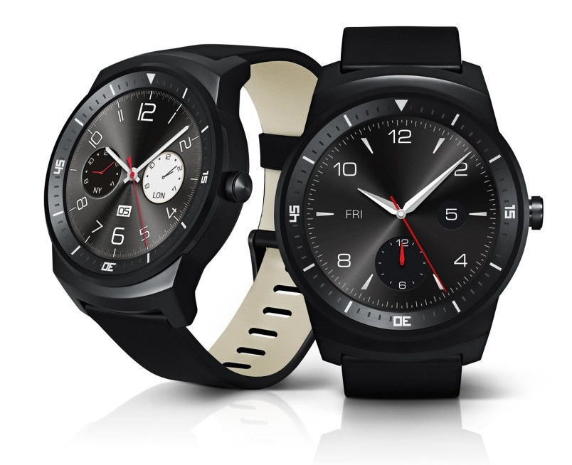 LG G Watch R press