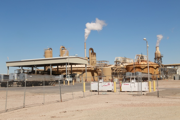A geothermal power plant owned by EnergySource, called Hudson Ranch Power I, or the FeatherStone plant, which is the location of Simbol's demo plant. Image courtesy of Katie Fehrenbacher, Gigaom.