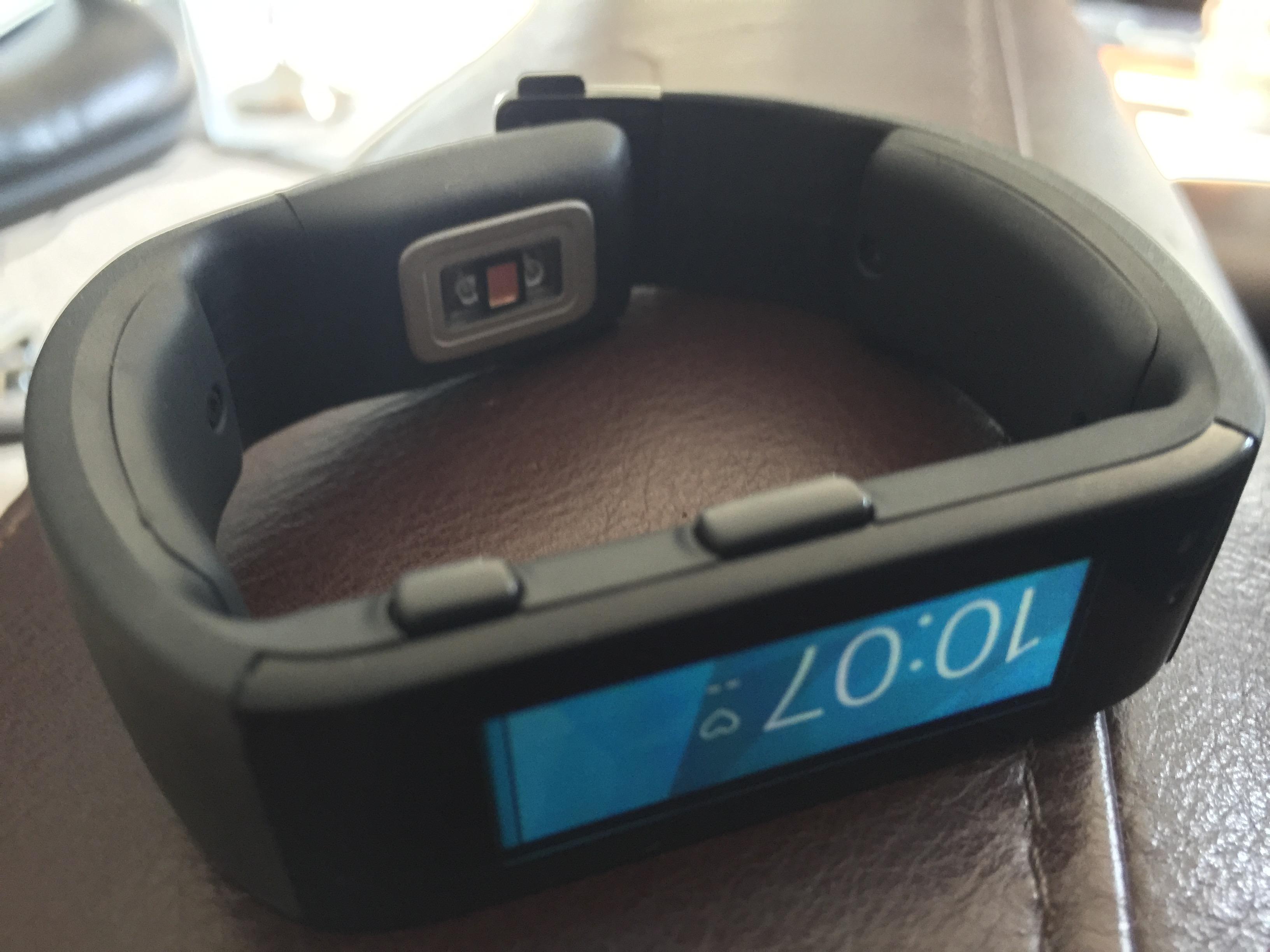 Microsoft Band sensor and buttons