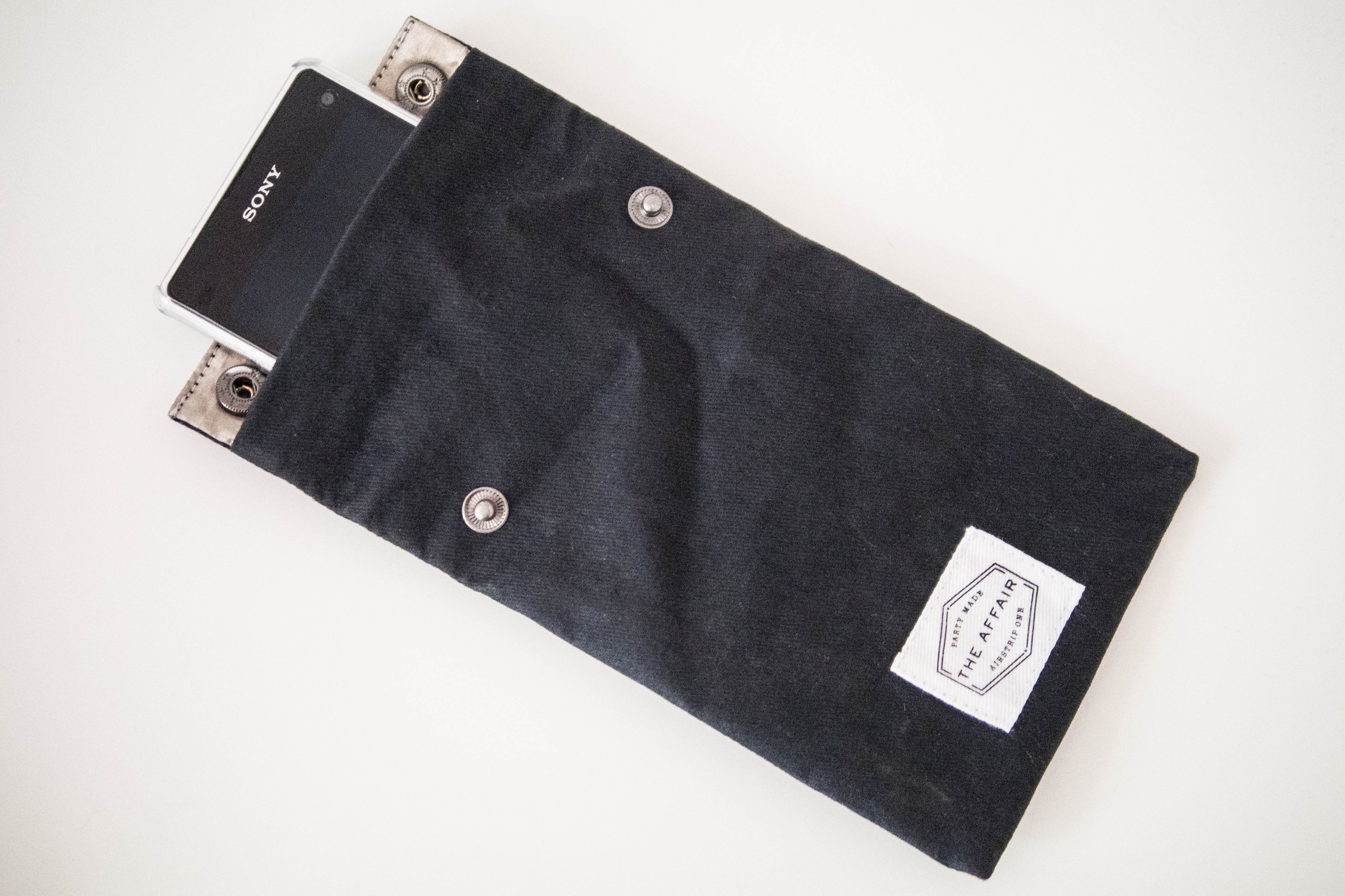 The Affair's UnPocket, a privacy pouch for phones