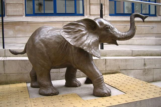 bronze-elephant-640x426