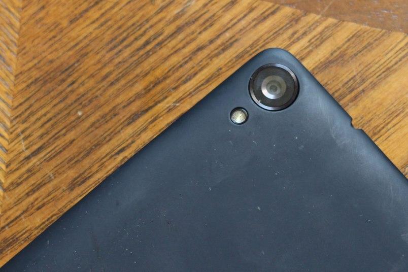 protruding-camera-lens