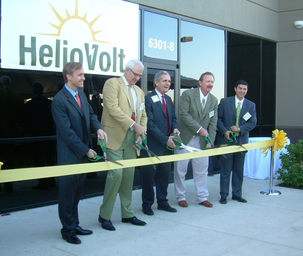 HelioVolt factory ribbon cutting in better days.