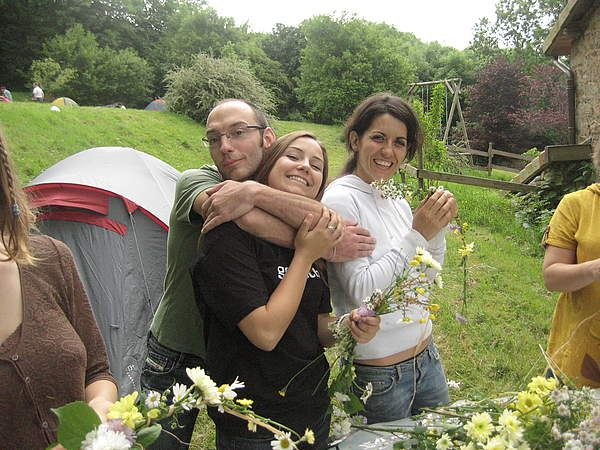 Photo from a 2008 Couchsurfing camping trip in the south of France with 50+ local members