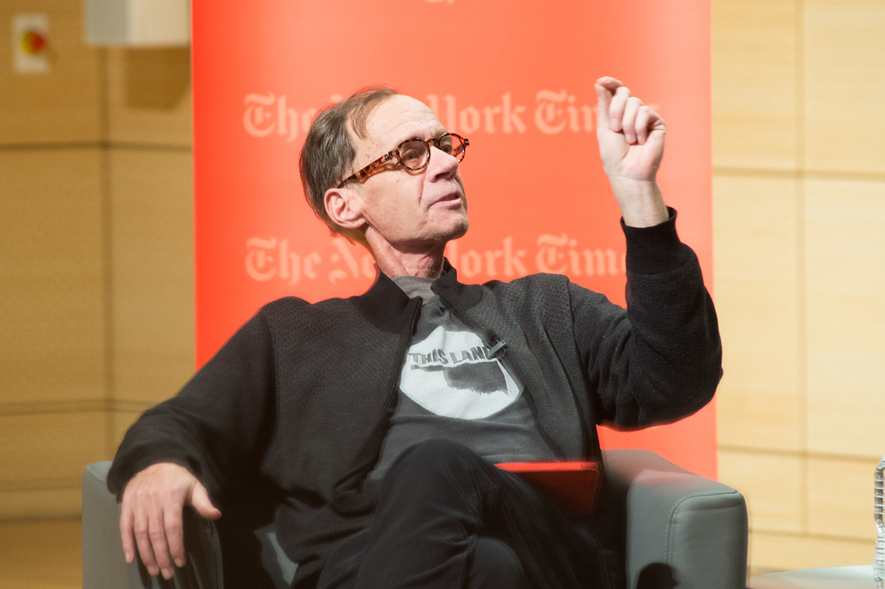 New York Times Columnist David Carr attends the TimesTalks at The New School on February 12, 2015 in New York City.