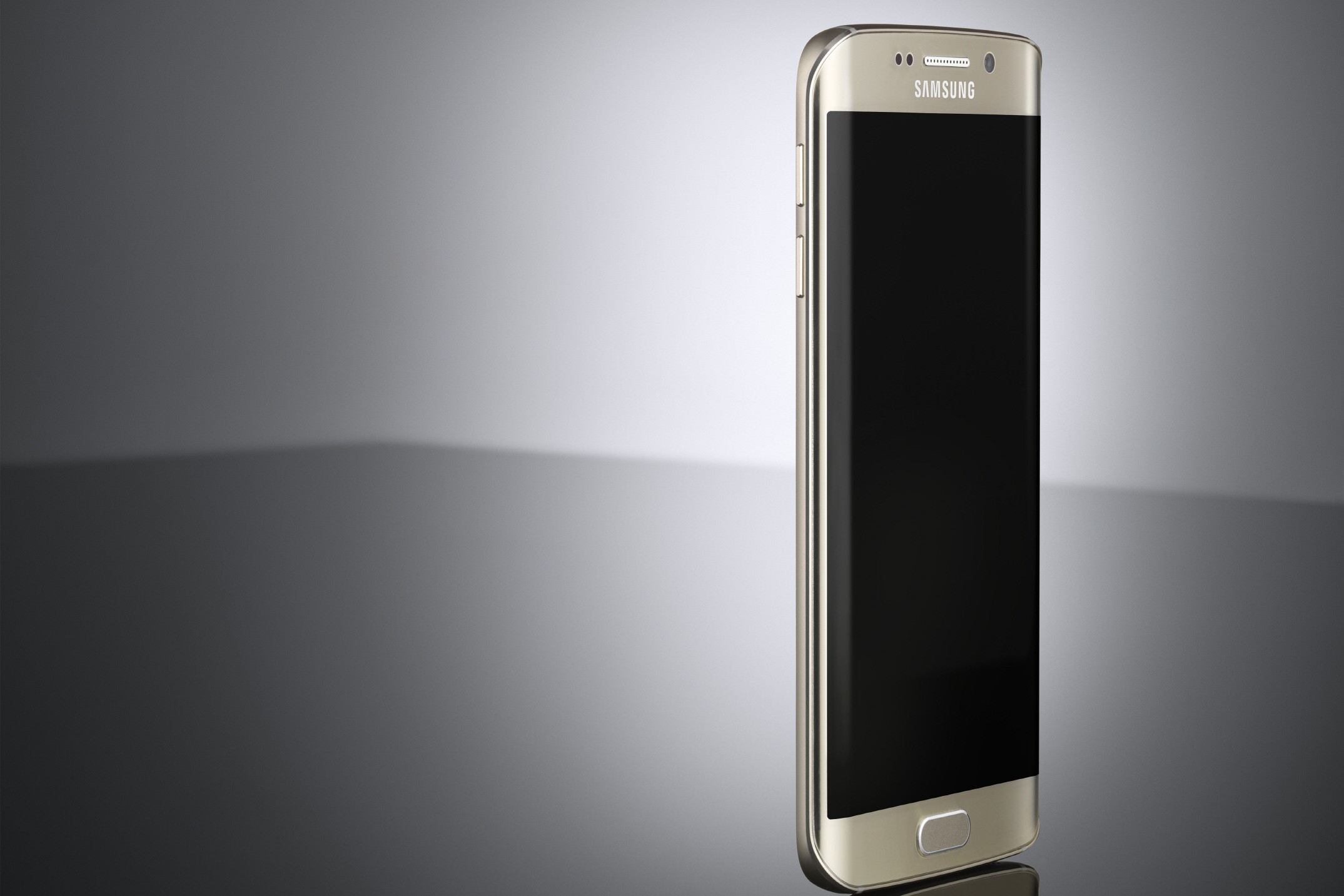 The Galaxy S6 Edge, one of the first devices to get Samsung Pay